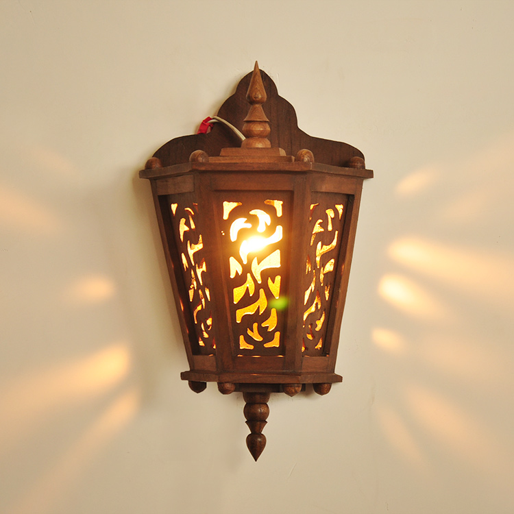 Different beautiful carved wood wall hollow balcony walkway Southeast Asia Hotel Restaurant bed Wall  lamp LO8921
