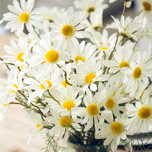 Image 5 - 5หัว/ประดิษฐ์Dasiyดอกไม้ผ้าไหมปลอมดอกไม้ตกแต่งStamen Daisyขนาดเล็กสำหรับงานแต่งงานดอกไม้ตกแต่งบ้าน
