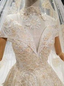 Image 5 - LS378441 altın dantel parlak düğün elbisesi glitter v yaka cap kollu dantel yüksek kolye basit güzellik peçe платья на свадьбу