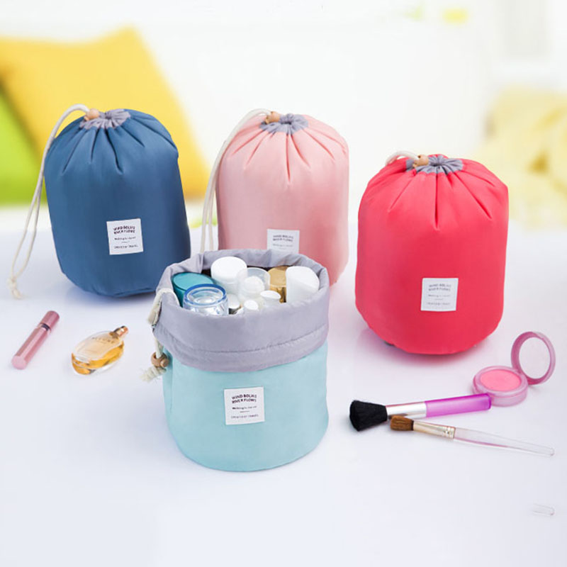 High Quality Portable Women Barrel Shaped Travel Cosmetic Bag Nylon Wash Bags Makeup Organizer Girl Bag Big Capacity Wholesale iux new arrival barrel shaped travel cosmetic bag nylon high capacity drawstring wash bags makeup organizer storage wholesale
