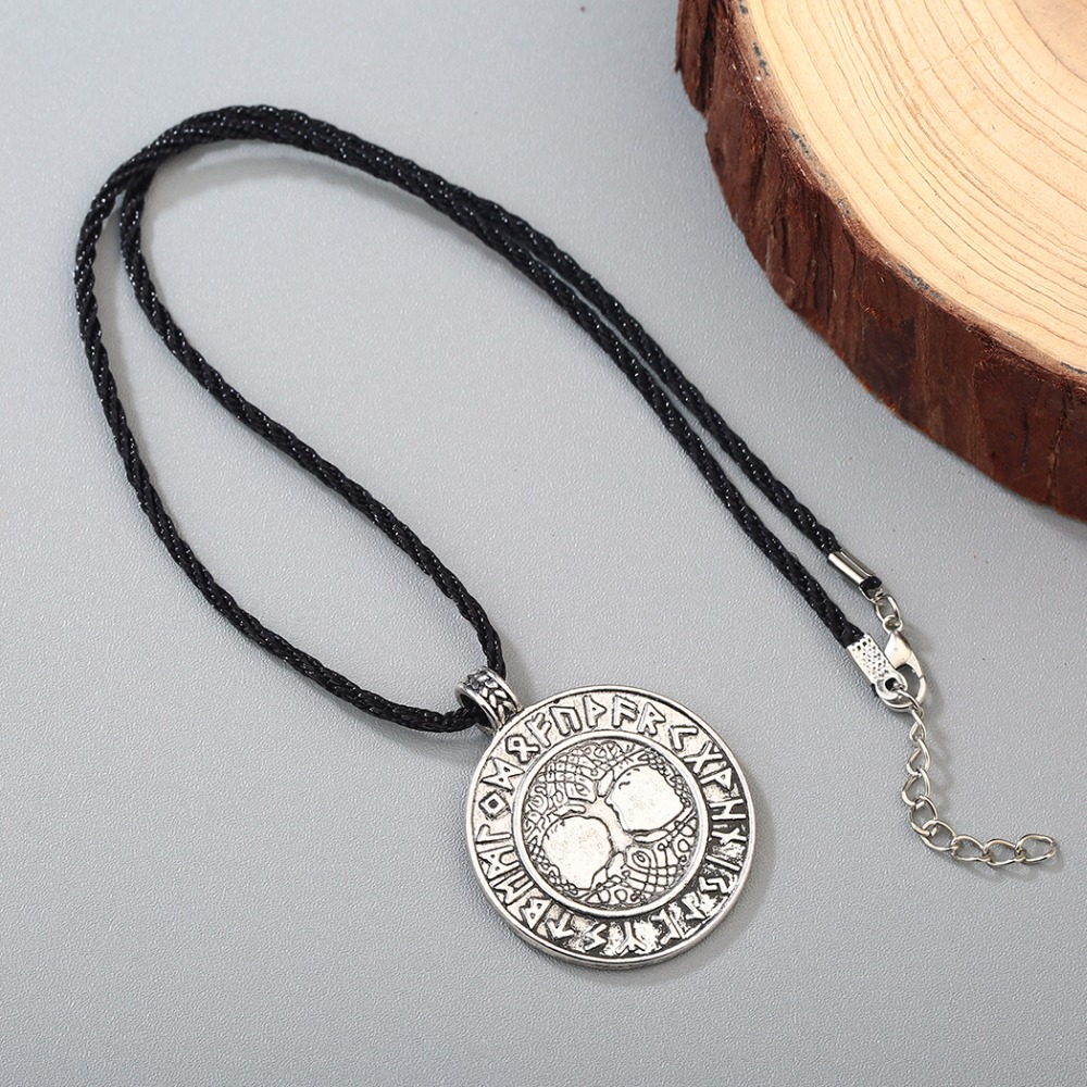 Chengxun talisman male viking protection necklace norse odins chengxun talisman male viking protection necklace norse odins symbol of runes tree of life pendant 2 colors retro jewelry in pendant necklaces from biocorpaavc