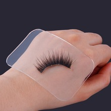 цена на False Eye Lashes Holder Pad Tray 1Pc Reusable Silicone Holder for Eyelashes Extensions Makeup Tools Rectangle CL0034