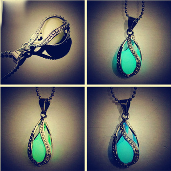 30pcs/lot Charming Night Light Luminous Stone Glow In Dark  Fashion Luminous Water Drop Pendant Necklace For Girl