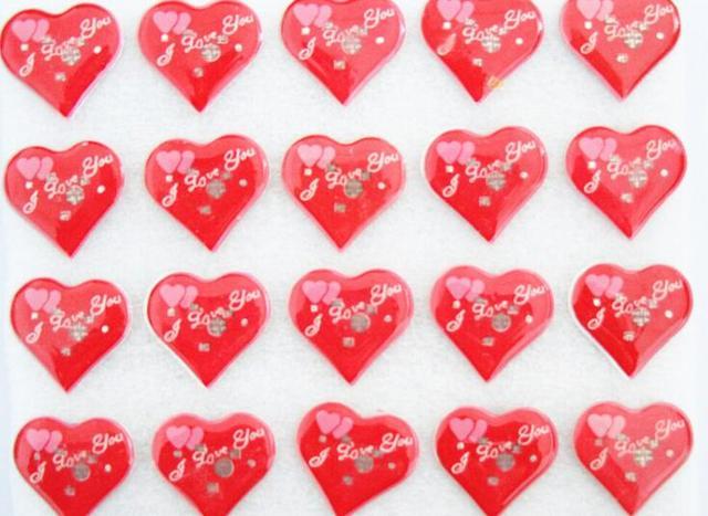 50 Stücke Rot Liebe Herz Blinkende LED Leuchten Abzeichen/Brosche Pins  Geburtstag Gastgeschenke Valentinstag Weihnachten