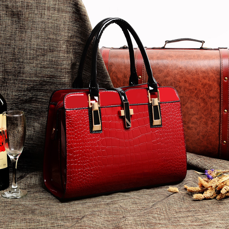 Latest trend 2014 extraordinary luxury patent women leather bag ...