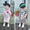 Varejo! 2016 vestido de verão do bebê recém-nascido menina listrado arco marca dos desenhos animados de algodão crianças vestido de princesa 1-2 anos de idade livre grátis