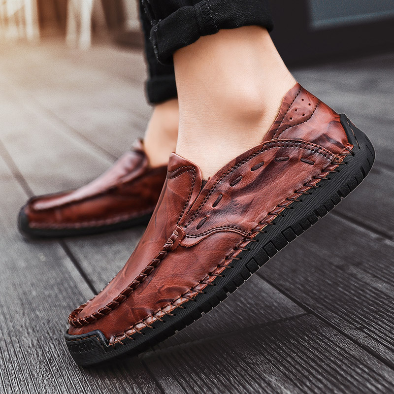 Men Shoes Male Loafers Flats Genuine Leather Comfortable Casual Boat Walking Driver Footwear Gommino Driving Shoes HH-1129Men Shoes Male Loafers Flats Genuine Leather Comfortable Casual Boat Walking Driver Footwear Gommino Driving Shoes HH-1129