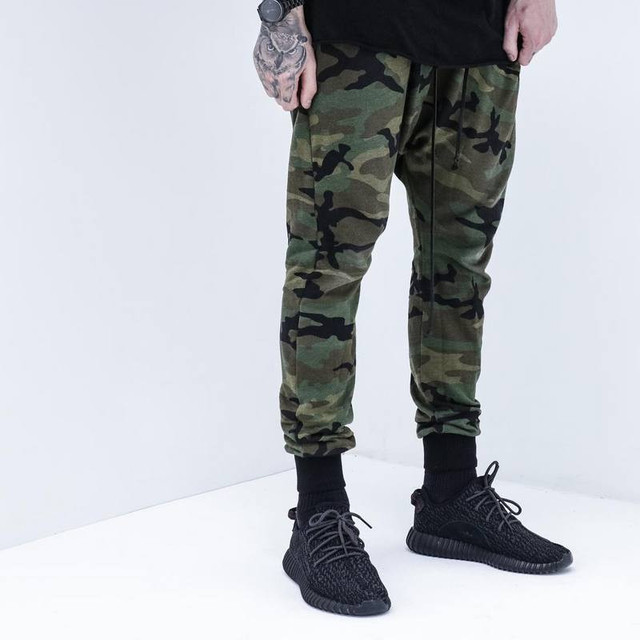 8e3052f7c6a66 Kanye West New Fashion Harem Pants Men Army Green MIlitary Camouflage  Sweatpants Hip hop Streetwear Trousers