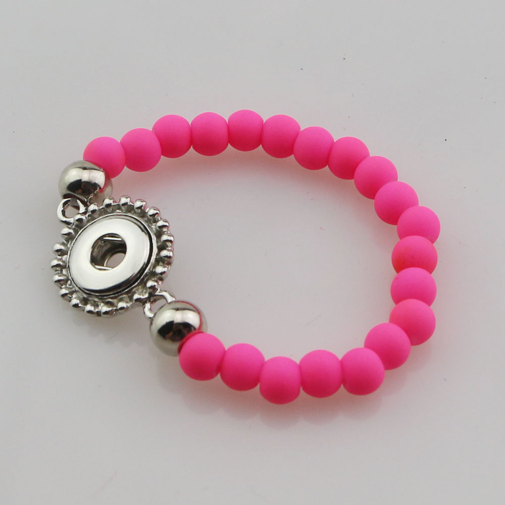 En gros 30 pièces mélanger les couleurs de mode 15 cm longueur à la main élastique en caoutchouc acrylique perles 12mm bouton pression Bracelet pour enfants filles-in Charme Bracelets from Bijoux et Accessoires    3