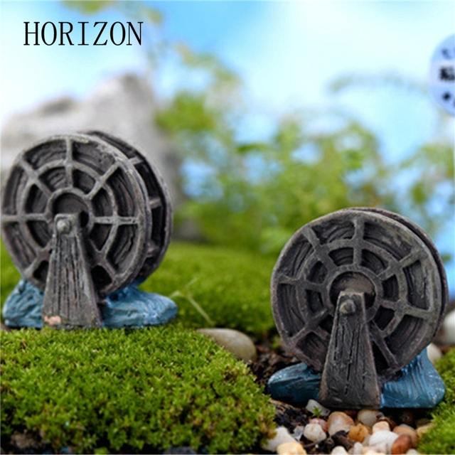 2 Pcs/lot Mini Vintage Waterwheel Miniature Fairy Garden Home Decoration  Houses Craft Micro Landscaping