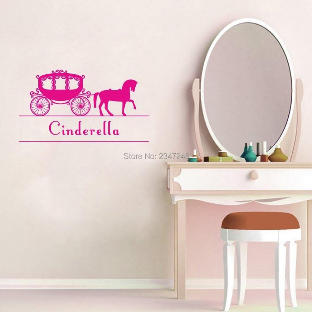 Nom Personnalisé Autocollant Mural Art Barbie Decal pour les filles chambre mur porte voiture