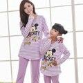 Natal da família pijama combinando roupas da família mãe filha sleepwear caráter listrado olhar família pijama homewear casuais