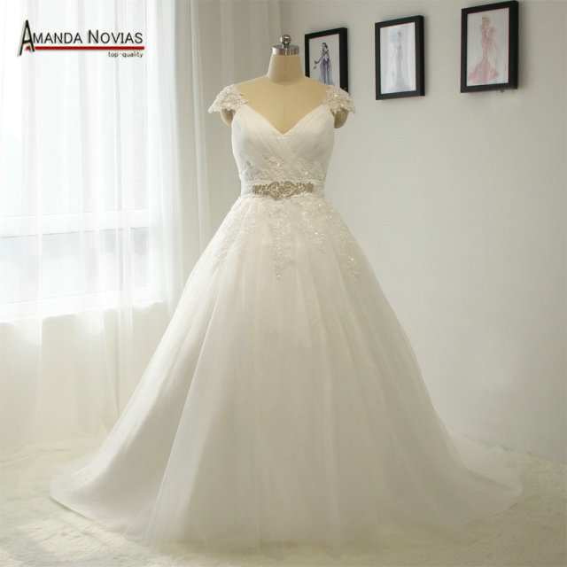 New Style Patterns Cap Sleeve V Neckline Wedding Dresses Plus Size