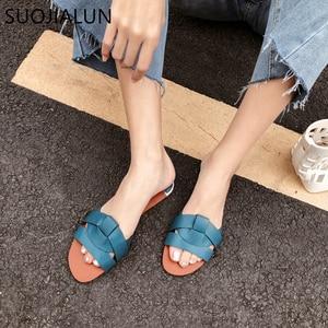 Image 5 - SUOJIALUN 2019 Beach Women Slippers Sandals Women Slippers Flat Heel Casual Ladies Shoes Outdoor Female Slides