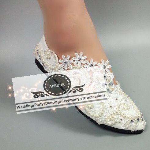 ... Woman Ivory Wedding Flats Shoes Slip On Handmade Ivory Lace Pearls Women  ... 06d2db93e556