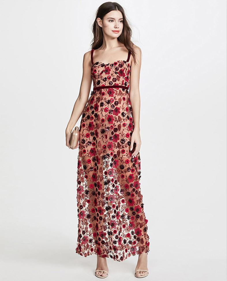 91cfb86bf3b800 Retro Women Sexy Backless Lace Tulle Floral Embroidery Dress Long Summer  Beach Dress Maxi Dames Jurken Zomer 2018 robe Ete Femme-in Dresses from  Women s ...