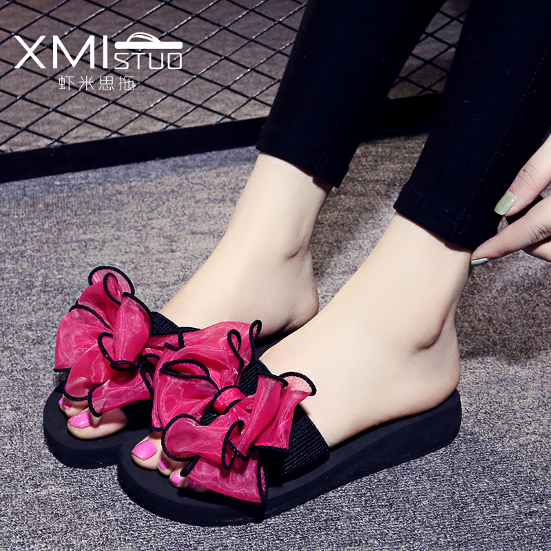 summer Slippers women Word flip flop butterfly Flowers Beach shoes Thick bottom sandals Slope Non-slip flip flop shoes woman