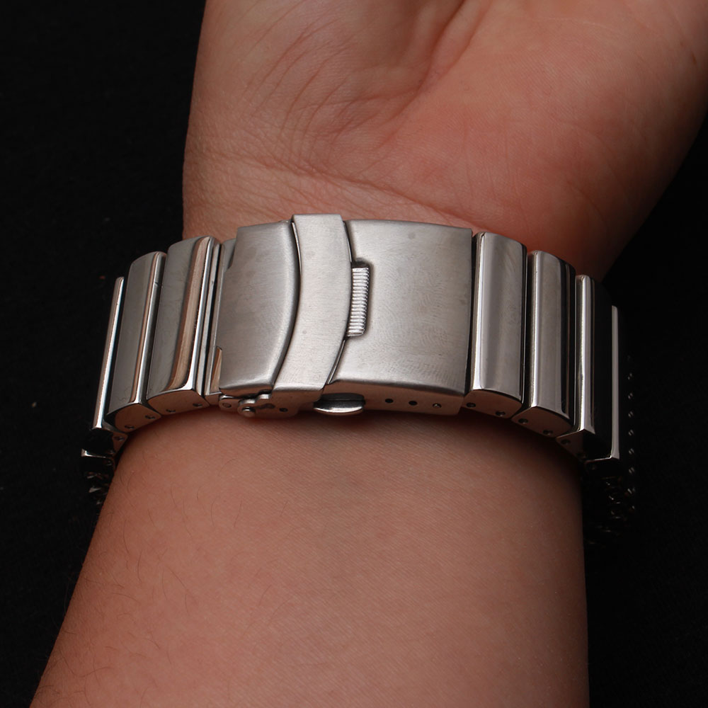18/20/22/24 Mm Wristband Luxury Stainless Steel Strap Polished Silver Milanese Shark Mesh Watches Band For Men Women Wristwatch