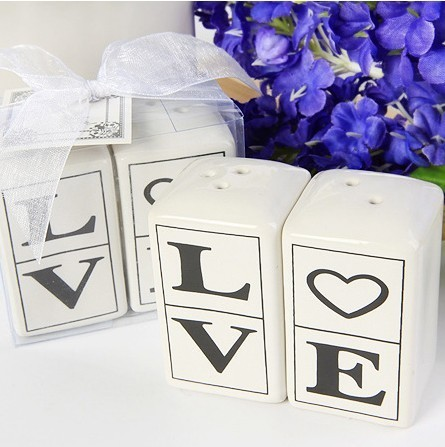 Love salt pepper shakers 12setslot24pcslot for wedding love salt pepper shakers 12setslot24pcslot for wedding decoration articles party favors supplies free shipping junglespirit Gallery