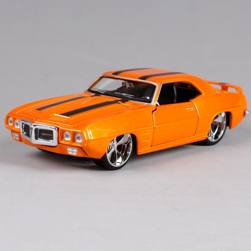 Maisto 1:24 1969 PONTIAC FIREBIRD Diecast Model Car Toy