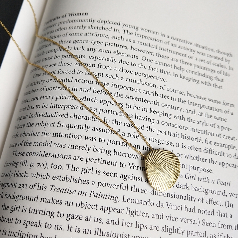 LouLeur 925 sterling silver gold shell pendant necklace fashion creative simple wild exquisite necklace for women charm jewelryLouLeur 925 sterling silver gold shell pendant necklace fashion creative simple wild exquisite necklace for women charm jewelry