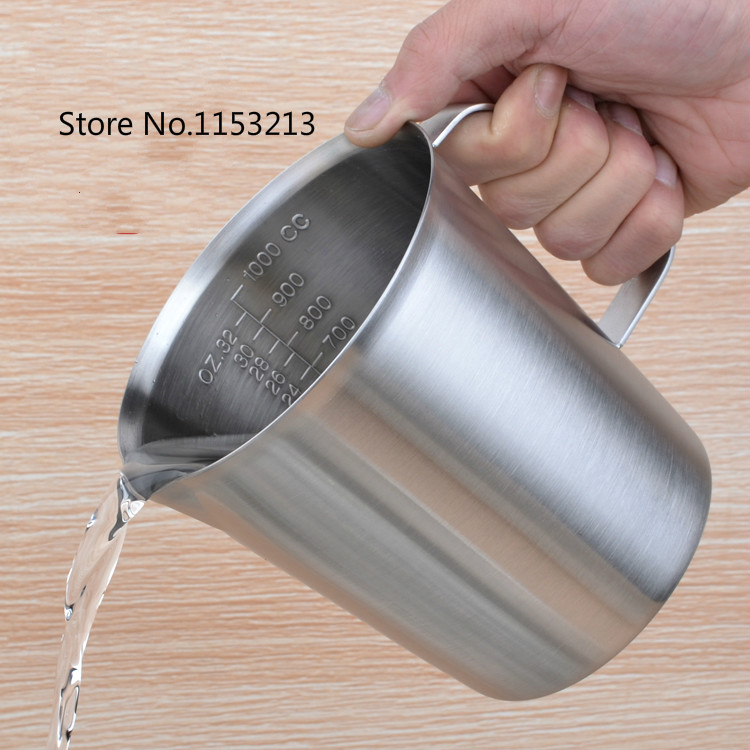 Thickening 304 stainless steel measuring cup 1000ml Milk tea cup, coffee, liquid measuring cup with graduated never rust H 130mm все цены