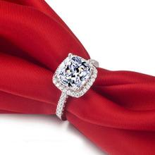 Luxurious 925 Sterling Silver Engagement Ring