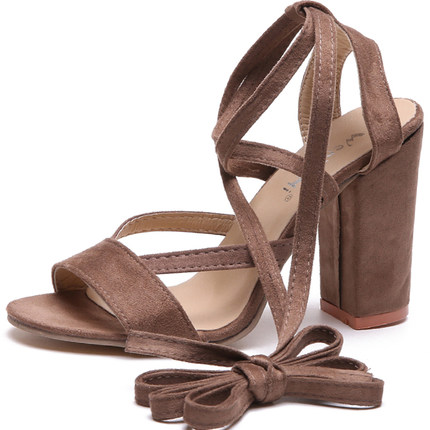 Summer new Roman style cross straps thick with sandals wild small fresh high heels. 5