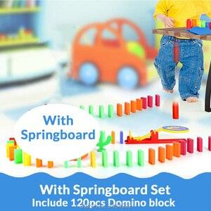 Image 4 - Automatyczne układanie Domino cegła lokomotywa zestaw dźwięk światło dzieci kolorowe plastikowe Domino bloki zabawki do gier prezent dla dziewczyny chłopców