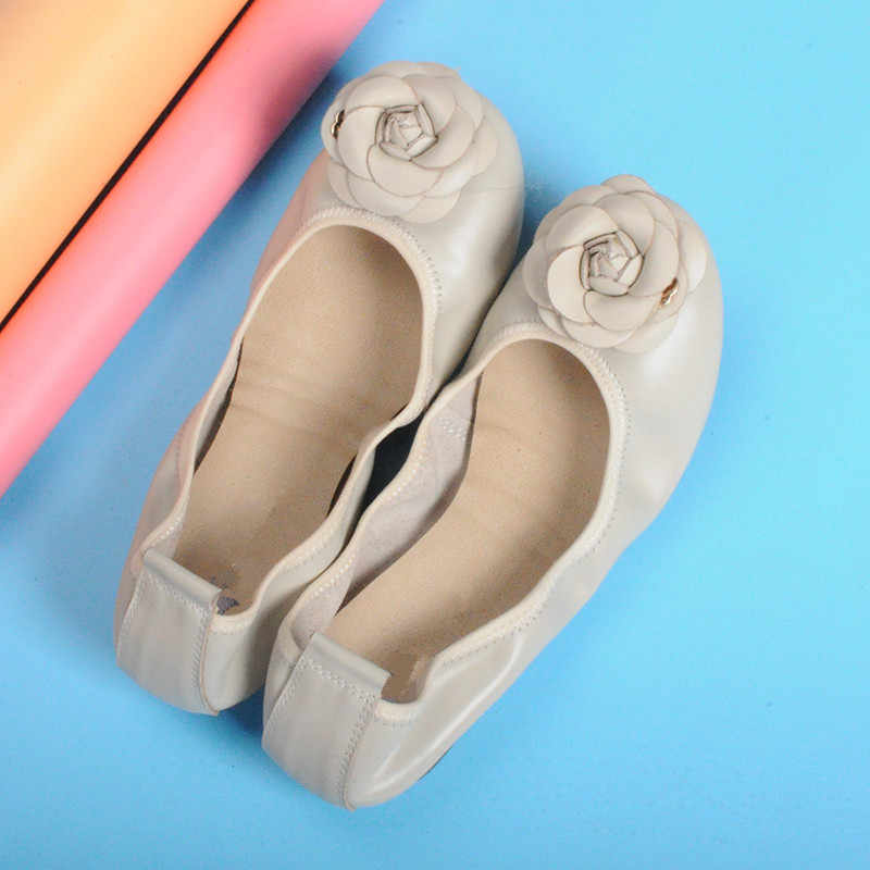 Chính hãng Balo Da Đế Bằng Nữ Flat Thương Hiệu Người Phụ Nữ Mềm Mại Gót Giày Ballerina Đế hoa Nữ Cho Nữ Giày Sneaker Plus Size 35 -43