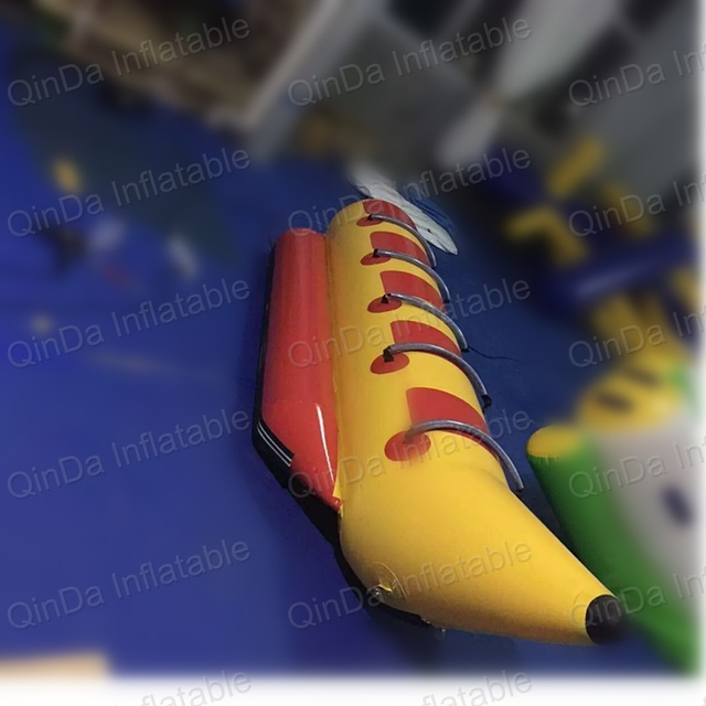Commercial grade water tubes 4 person banana boat towables flying fish for water park equipment