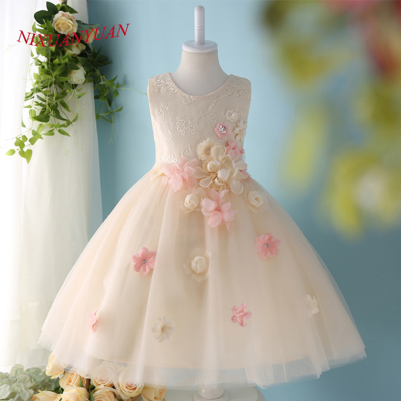 NIXUANYUAN 2017 New Design Champagne Tulle Ball Gown Short O Neck Lace Flower Girl Dresses 2017 Beauty Flowers Knee Length Gown