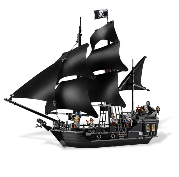 804Pcs The Black Pearl Ship Bricks Figures Set Pirates of the Caribbean Building Blocks Toys For Children 16006 Legoing waz compatible legoe pirates of the caribbean 4184 lepin 16006 804pcs the black pearl building blocks bricks toys for children