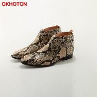 OKHOTCN/Новые мужские ботильоны из тисненой кожи питона с ремешком и пряжкой, ботинки из змеиной кожи на Плоском Каблуке, ковбойские ботинки дл