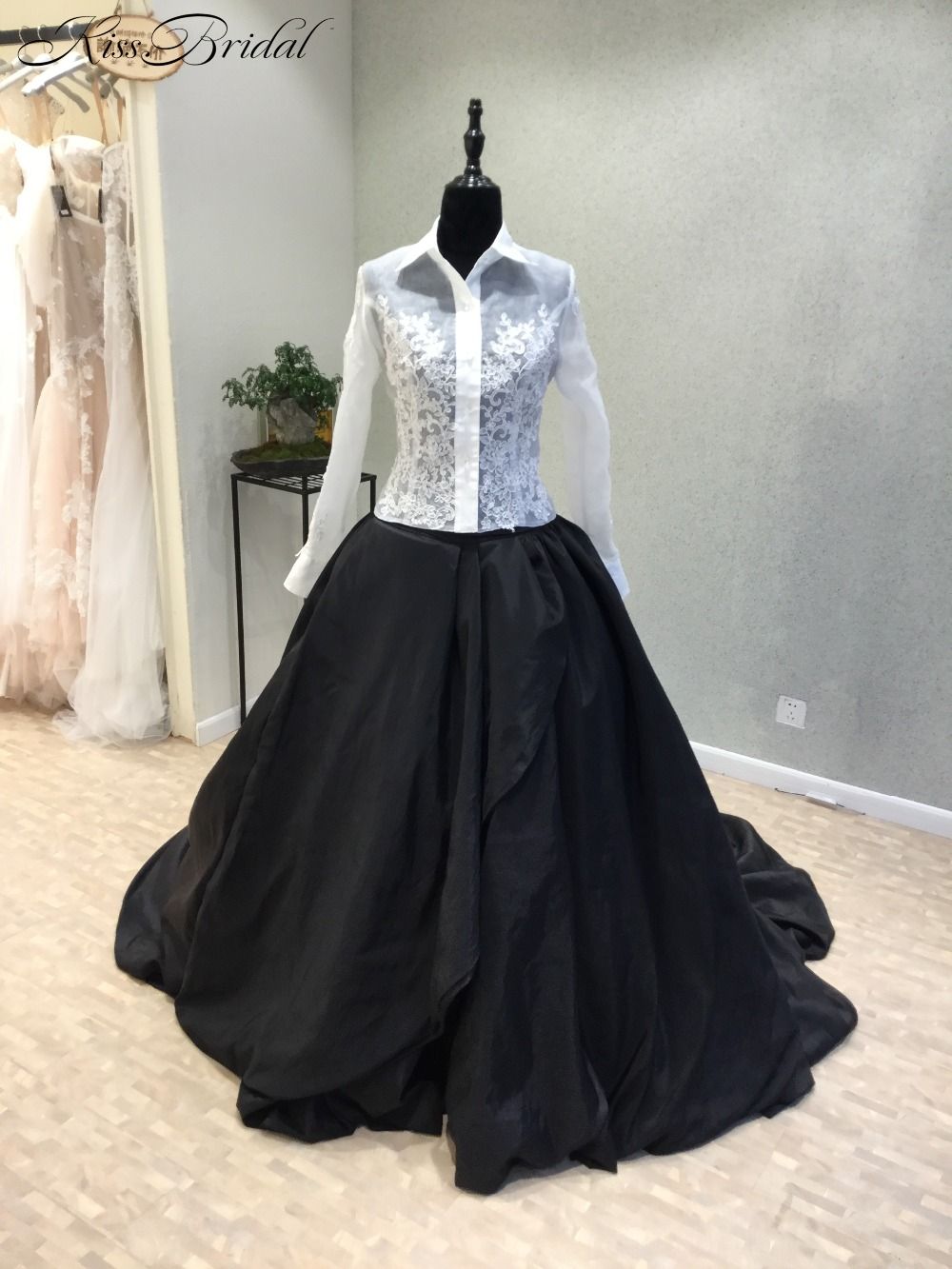 vestido longo Luxury Long   Evening     Dress   2018 High Neck Long Sleeves Chapel Train Beaded Taffeta Black White Formal   Dresses