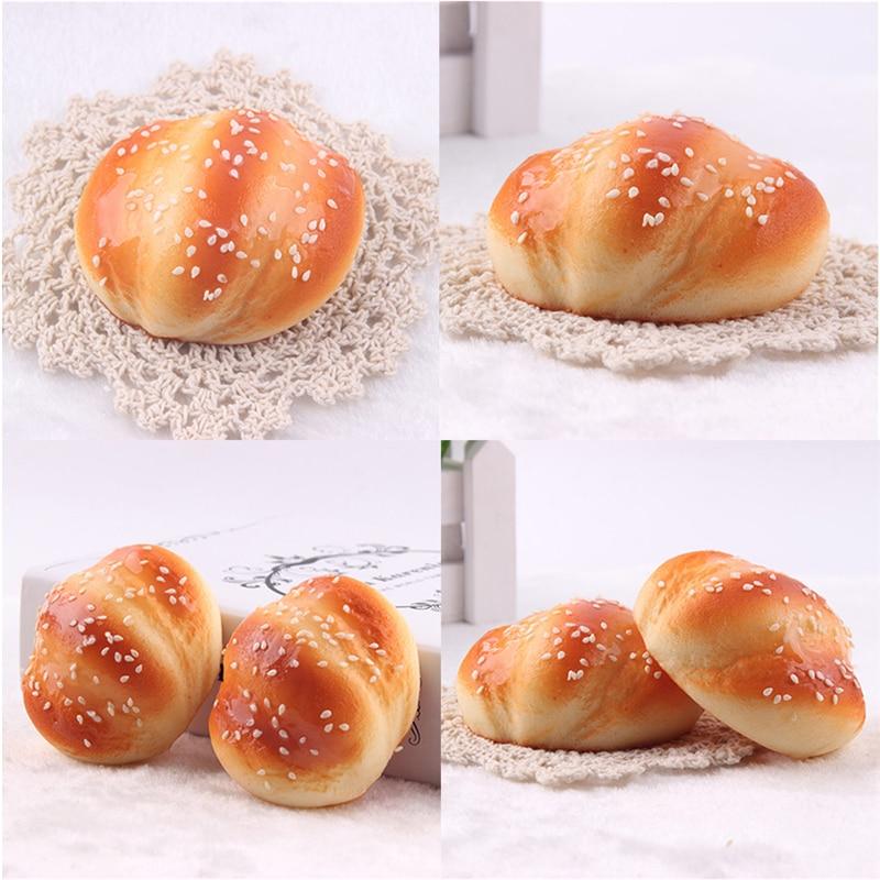 2018 New Kawaii Squishy Buns Bread Pretend Play Kitchen Toys Fragrancy Shape Marshmallow Bun Toy