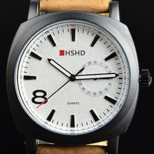 Grind arenaceous fashion design with calendar business outdoor sports watches the man really belt military watches