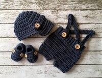 送料無料キャスケットキャップでかぎ針編み赤ちゃんショーツ/パンツとマッチングブーティでデニムブルー新生児に3ヶ月サイズ写真小道具