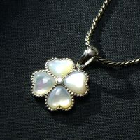 Korean fashion 925 Silver Pendant inlaid natural white clover shell Valentine's Day gift