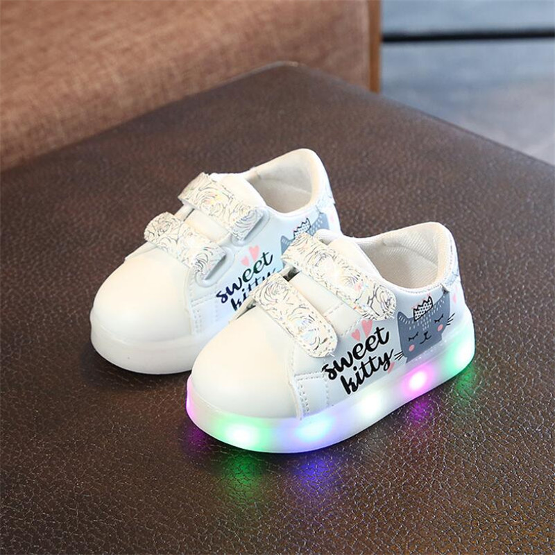 Children cartoon KT casual shoes new network hollow breathable sports shoes girls flashing LED fashion glowing sneakers 21-30