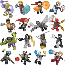16Pcs / Lot Marvel Avengers 3 Végtelen Háború LegoINGlys Film Super Heroes Számok Hulk Spiderman Infinity Guntlet Thanos
