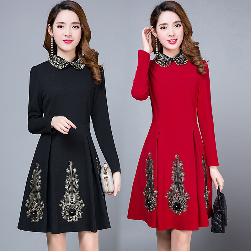 Long-sleeved dress female 2019 new female spring and autumn self-cultivation waist long paragraph bottoming elegant dress