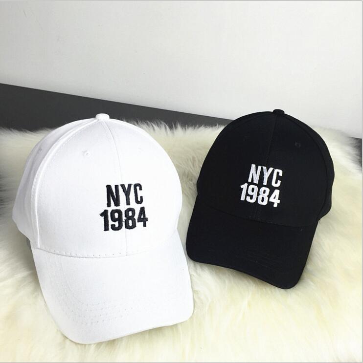 Prix pour Nouveau style solide noir blanc kaki Casquette de baseball Chapeau soleil d'été chapeau hommes femmes broderie NYC 1984 sport en plein air golf chapeau snapback