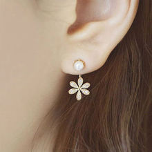 Free shipping gift New Fashion Big White Flower Earrings For Women 2017 Gold/Silver Jewelry Bijoux Elegant Gift(China)