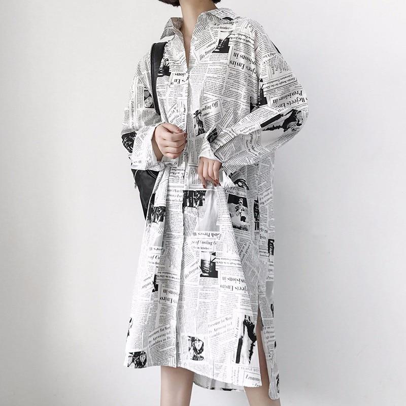 [EWQ] New Summer 2018 fashion Retro Newspaper Print Lapel Long Sleeve single breasted Split hem loose Dress women QC876