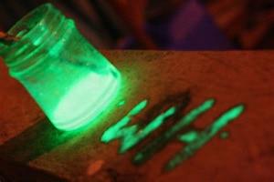 Image 4 - 12 couleurs néon couleurs Phosphorescent poudre lumineuse 10g lueur dans lart des ongles sombres acrylique coloré décoration des ongles