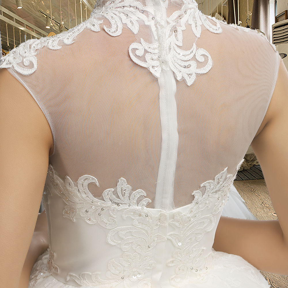 SL 040 Best Selling Princess Wedding Dress Applique Crystal Ivory Bride  Dresses Two Layer Tulle Skirt-in Wedding Dresses from Weddings   Events on  ... f64e0fcdd40b
