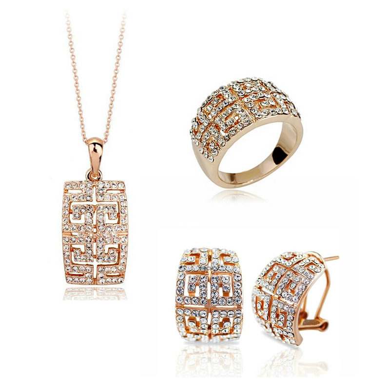 2018 New Design Hot Sale Gold-color Austria Crystal Jewelry Set For Women