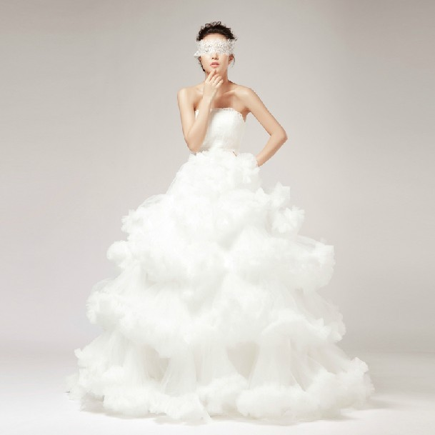 Latest Wedding Gowns 2014: 2014 New Romantic Angle Flying Cloud Bridal Wedding Gown