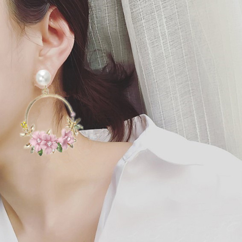 Trendy Cute Pink Flower Earrings For Women Girls Jewelry Female Rhinestone Gold Metal Round Circle Stud Earrings Gifts Brincos in Stud Earrings from Jewelry Accessories